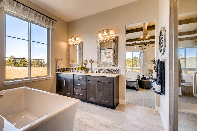 5703 Sunridge Drive Parker CO-large-016-18-Master Bathroom-1500x1000-72dpi