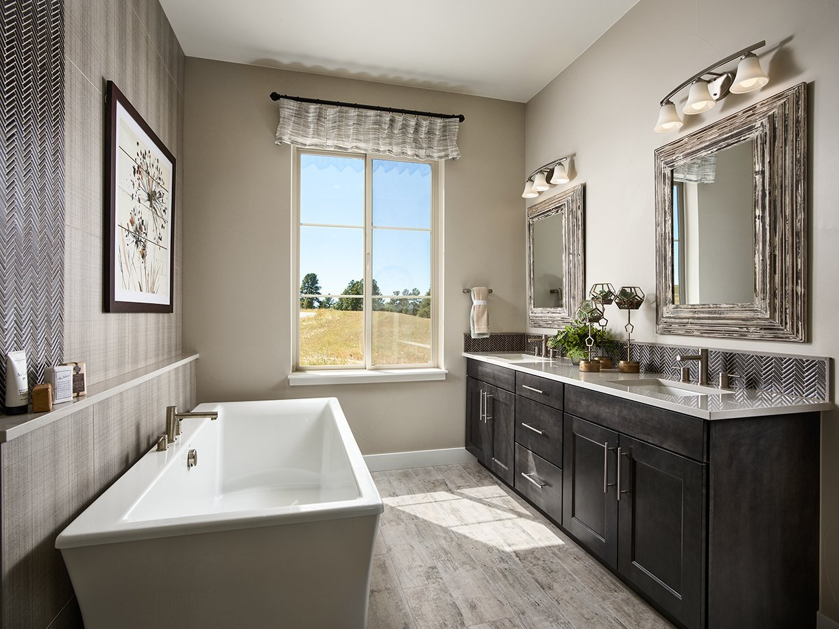 Berkeley Timbers_Master Bathroom